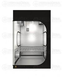 Dark Room 150x150x235cm